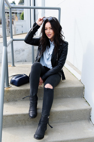 How to wear: black leather chelsea boots, black ripped skinny jeans, light blue dress shirt, black leather biker jacket