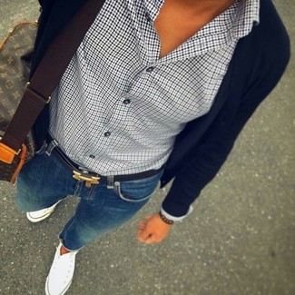 How to wear: white canvas high top sneakers, blue skinny jeans, white and black houndstooth dress shirt, black cardigan