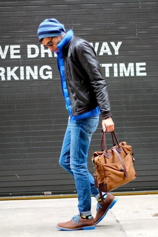 How to wear: brown suede derby shoes, blue skinny jeans, blue quilted gilet, dark brown leather bomber jacket