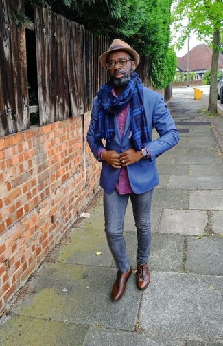 How to wear: brown leather oxford shoes, navy skinny jeans, hot pink check long sleeve shirt, blue blazer