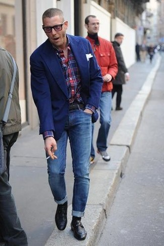 How to wear: black leather loafers, blue skinny jeans, red and navy plaid long sleeve shirt, blue blazer