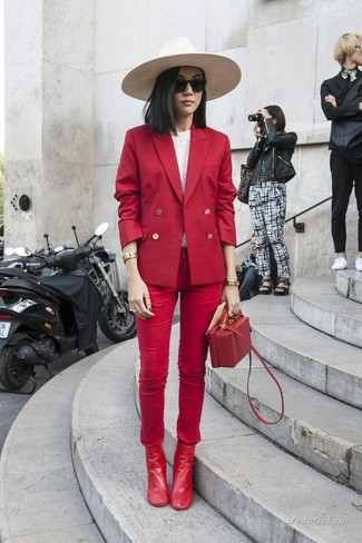 How to wear: red leather ankle boots, red skinny jeans, white long sleeve t-shirt, red double breasted blazer