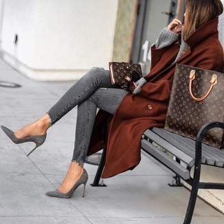 How to wear: grey suede ankle boots, grey ripped skinny jeans, grey knit oversized sweater, tobacco coat
