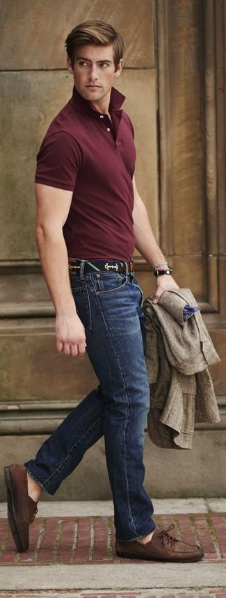 How to wear: brown leather boat shoes, navy skinny jeans, burgundy polo, brown herringbone wool blazer