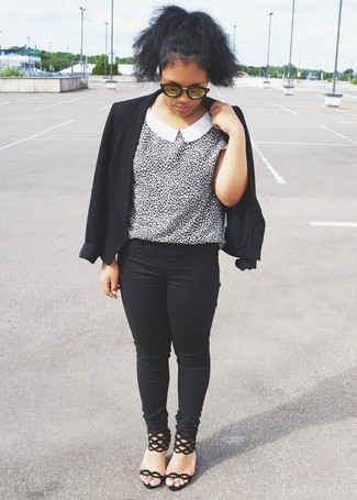 How to wear: black suede heeled sandals, black skinny jeans, white and black leopard short sleeve blouse, black blazer