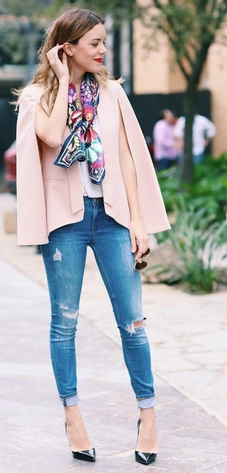 How to wear: black leather pumps, blue ripped skinny jeans, white silk sleeveless top, pink cape blazer