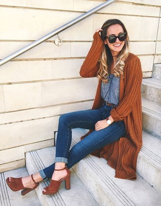How to wear: tobacco suede heeled sandals, navy skinny jeans, grey tank, tobacco knit open cardigan