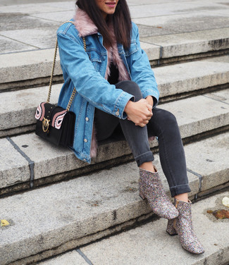 How to wear: silver sequin ankle boots, charcoal skinny jeans, black turtleneck, light blue denim jacket