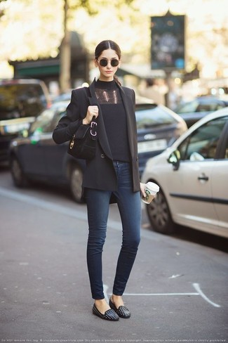 How to wear: black studded leather loafers, navy skinny jeans, black turtleneck, black double breasted blazer