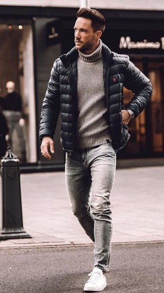 How to wear: white leather low top sneakers, grey skinny jeans, grey knit wool turtleneck, black puffer jacket