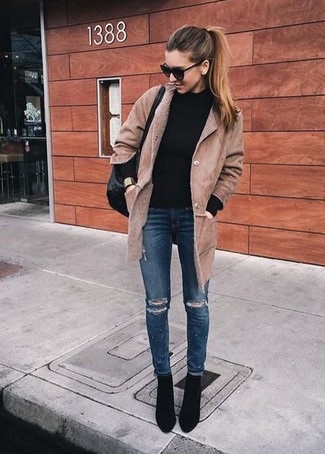 How to wear: black suede ankle boots, navy ripped skinny jeans, black turtleneck, tan shearling coat