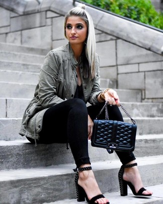 How to Wear an Olive Anorak For Women: Go for an olive anorak and black skinny jeans to create an everyday outfit that's full of charisma and personality. Give this look an added dose of style by finishing off with black studded suede heeled sandals.