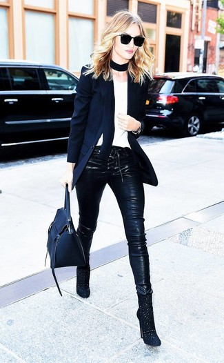 How to wear: black cutout suede ankle boots, black leather skinny pants, white crew-neck t-shirt, black blazer