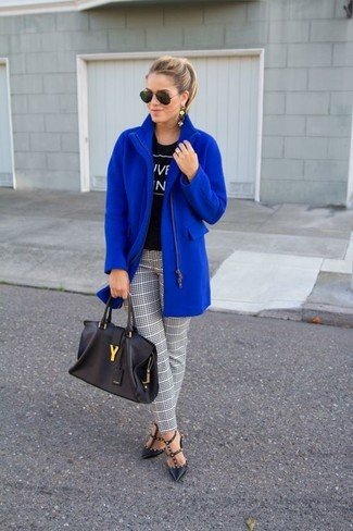 How to wear: black studded leather pumps, white and black plaid skinny pants, black and white print crew-neck t-shirt, blue coat