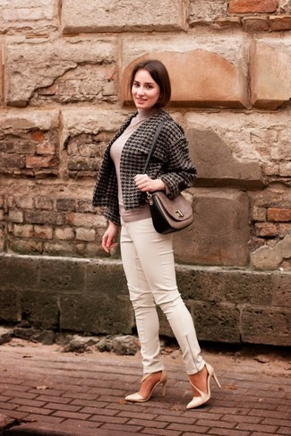 How to wear: beige leather pumps, white leather skinny pants, beige turtleneck, charcoal houndstooth tweed jacket