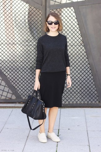 How to wear: black leather tote bag, beige leather slip-on sneakers, black pencil skirt, charcoal crew-neck sweater