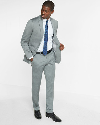 How to wear: grey suit, white dress shirt, black leather derby shoes, navy floral tie