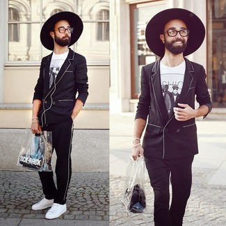 f6ac819c6b How To Wear a Black Blazer With a White and Black Print Crew-neck T ...