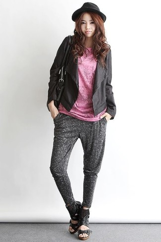 How to wear: black leather wedge sandals, charcoal sweatpants, pink crew-neck t-shirt, black leather open jacket