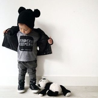 How to Wear Charcoal Sweatpants For Boys: Choose a black leather jacket and charcoal sweatpants for your boy for a fun day out at the playground. This style is complemented perfectly with black sneakers.
