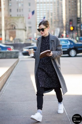 How to wear: white low top sneakers, black sweatpants, charcoal knit tunic, grey herringbone coat