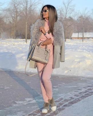 How to wear: grey uggs, pink sweatpants, pink turtleneck, grey fur collar coat