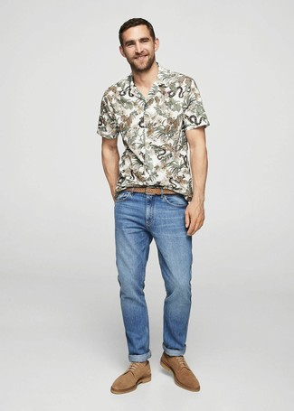 How to wear: tan woven leather belt, tan suede derby shoes, blue jeans, white floral short sleeve shirt