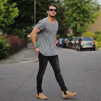 Men\u0027s Tan Suede Chelsea Boots, Black Skinny Jeans, Grey Crew