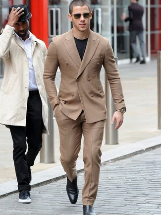 A Smart Casual Combination Of A Camel Suit And A Black Crew Neck Tee Can