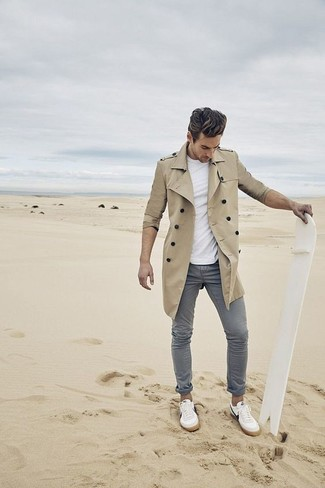 Pair a trenchcoat with grey chinos to achieve new levels in outfit coordination. White low top sneakers will give your look an on-trend feel. When spring is here, you'll appreciate how great this look is for transeasonal weather.