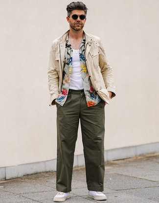How to wear: olive chinos, white tank, olive floral short sleeve shirt, beige field jacket