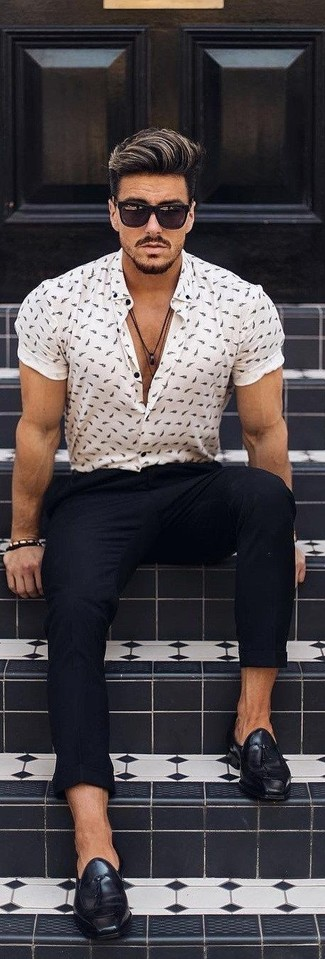 How to wear: black sunglasses, black leather tassel loafers, black chinos, white print short sleeve shirt