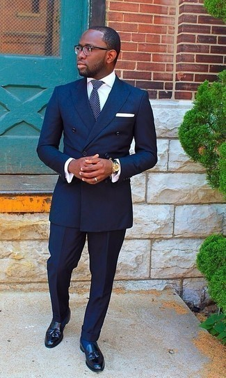 How to Wear a Navy and White Polka Dot Tie For Men: Pair a navy suit with a navy and white polka dot tie for a neat refined getup. Our favorite of a multitude of ways to round off this outfit is with a pair of black leather tassel loafers.