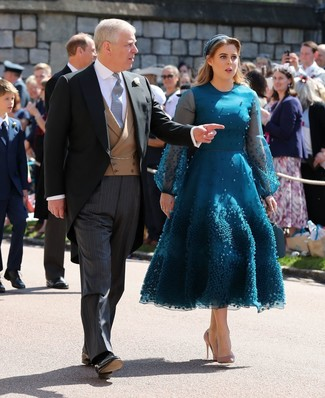How to wear: teal headband, tan leather pumps, teal tulle midi dress
