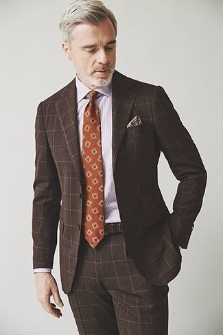 How to Wear a Light Violet Dress Shirt For Men: Pair a light violet dress shirt with a dark brown check suit to exude class and polish.