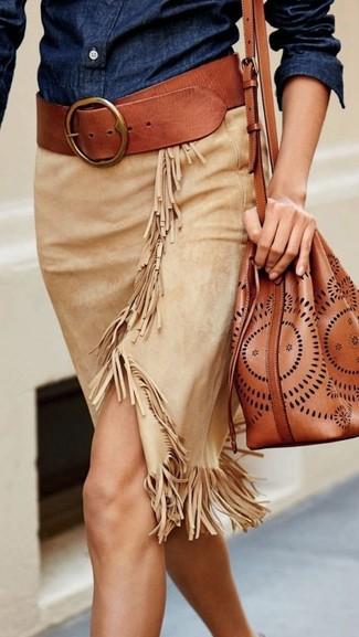 How to wear: tobacco leather belt, tobacco leather bucket bag, beige suede pencil skirt, navy denim shirt