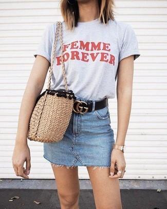 How to wear: black leather belt, tan straw tote bag, light blue denim mini skirt, grey print crew-neck t-shirt