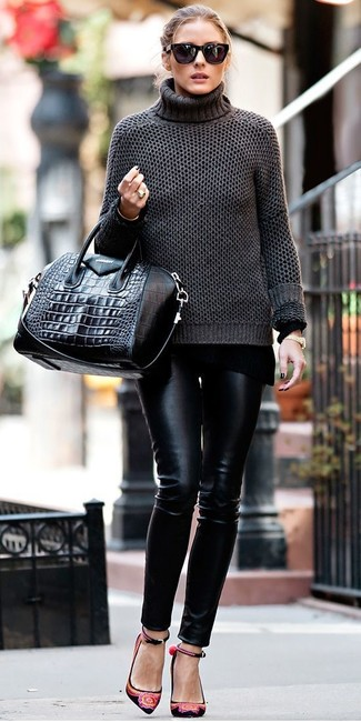 f769658bc5 Olivia Palermo wearing Black Sunglasses, Black Leather Tote Bag ...