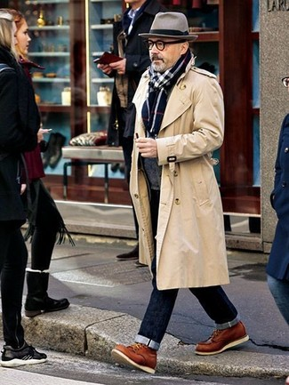 How to wear: beige trenchcoat, charcoal shawl cardigan, navy jeans, tobacco leather casual boots