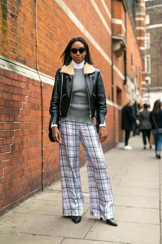 How to Wear a Jacket For Women: This casual combo of a jacket and white plaid wide leg pants is very easy to throw together without a second thought, helping you look amazing and ready for anything without spending too much time rummaging through your wardrobe. Introduce black leather pumps to the equation and you're all done and looking stunning.