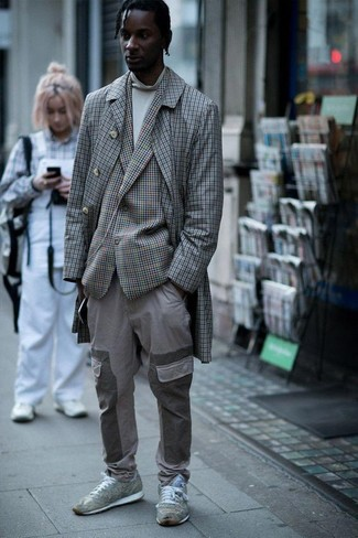 How to wear: grey cargo pants, white turtleneck, grey check blazer, grey check overcoat