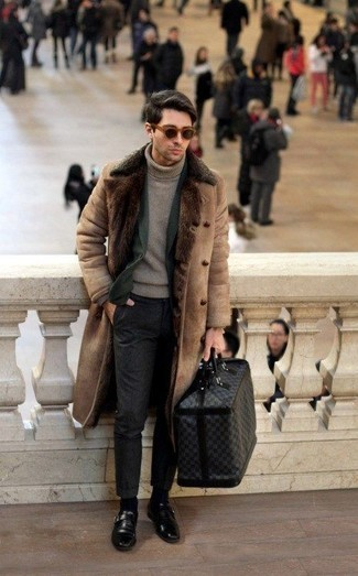 How to Wear Charcoal Chinos: Beyond dapper and comfortable, this casual pairing of a tan shearling coat and charcoal chinos provides with excellent styling possibilities. To give your ensemble a sleeker aesthetic, introduce black leather monks to your look.