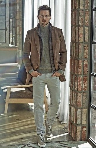 How to wear: grey chinos, olive turtleneck, grey quilted gilet, brown overcoat