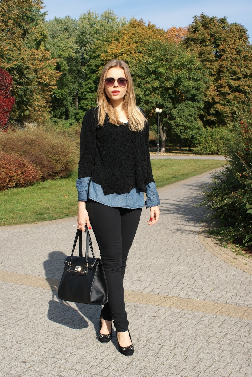 Black Shoes with Leggings