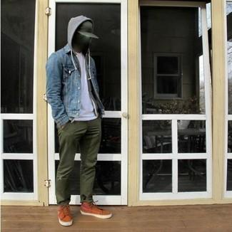 How to wear: olive chinos, white v-neck t-shirt, grey hoodie, blue denim jacket
