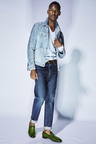 How to wear: navy jeans, white v-neck t-shirt, light blue v-neck sweater, light blue denim jacket