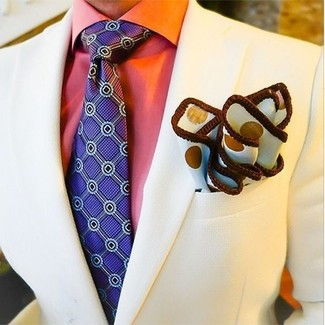 How to Wear a Violet Print Tie For Men: This pairing of a beige blazer and a violet print tie couldn't possibly come across other than incredibly sharp and elegant.
