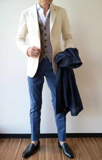 How to wear: white dress shirt, grey wool waistcoat, beige blazer, navy trenchcoat