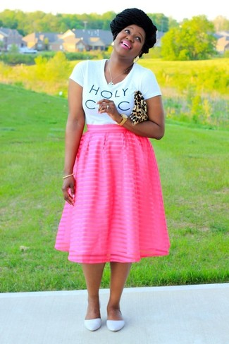 How to wear: tan leopard suede clutch, white leather ballerina shoes, hot pink full skirt, white and black print crew-neck t-shirt