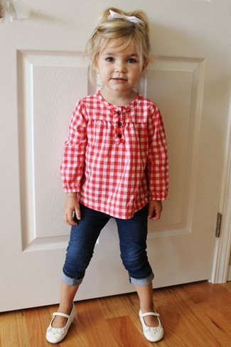 How to wear: white ballet flats, navy jeans, red long sleeve shirt